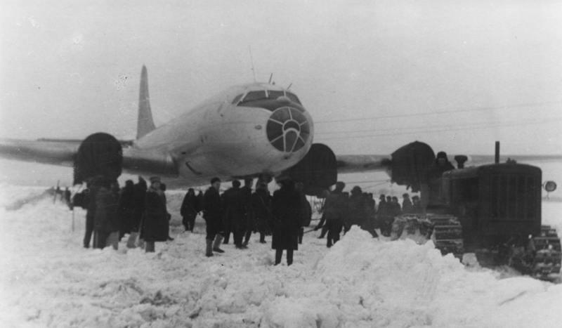 Авиация самолет ту 70